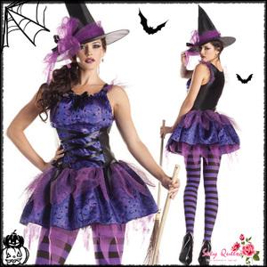 魔女のハロウィンコスプレ