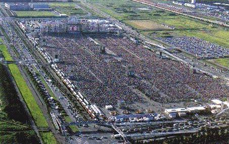 こばしりちゃん GLAYのTERUの娘も納得の面影。 20万人ライブ
